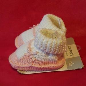 4/$12 Newborn baby booties